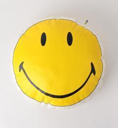 <アイルミネ> グリーンレーベルリラクシング厳選 LEE(リー) SMILEY クッション [3000円(税込)以上で送料無料]画像