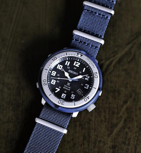 SEIKO: Prospex Fieldmaster Limited Edition SHIPS Exclusive Model【シップス/SHIPS メンズ 腕時計 ネイビー ルミネ LUMINE】