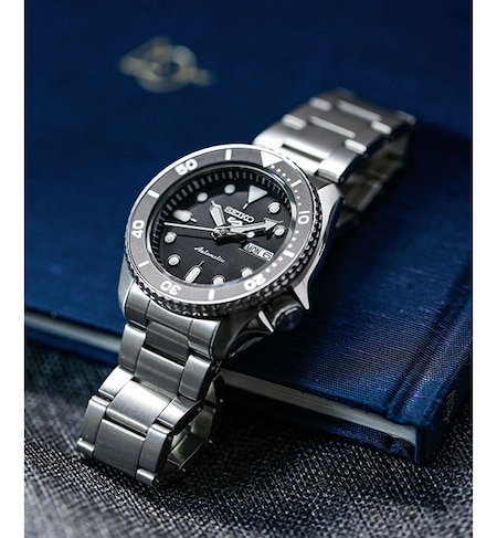 reputable site 4fa0e ff751 SEIKO/5 Sports