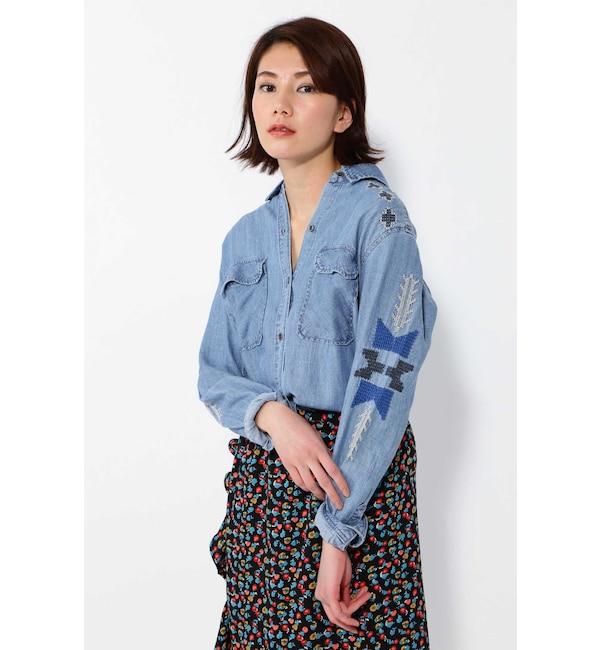 【ローズバッド/ROSEBUD】 ネイティブ柄刺繍デニムシャツ