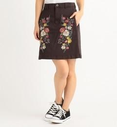 【ダブルネーム/DOUBLE NAME】 刺繍入り台形スカート [送料無料]