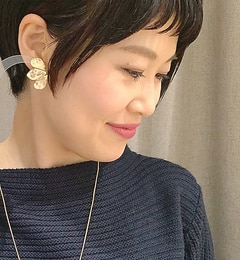 【イアパピヨネ/earPAPILLONNER】メタルフルールピアス[送料無料]