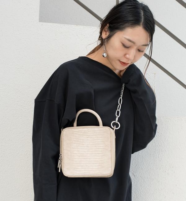 【フーズフーギャラリー/WHO'S WHO gallery】 MIXチェーン型押しスクエアミニバッグ