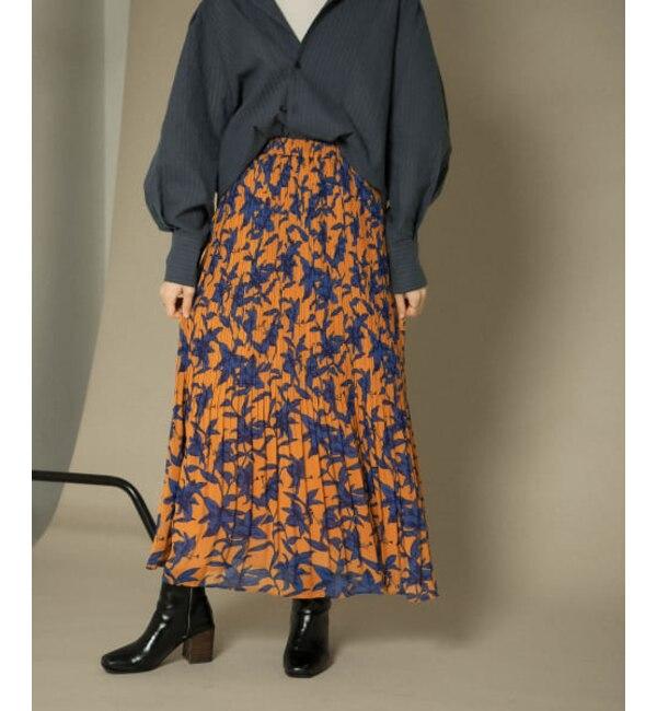 KBF 【WEB/一部店舗限定】フラワープリントプリーツスカート