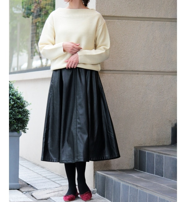 【ペルルペッシュ/Perle Peche】 フェイクレザーフレアスカート