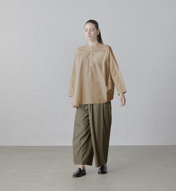【マーコート/MARcourt】 mizuiro ind ノーカラードレープシャツ