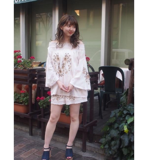 【ダズリン/dazzlin】 エンブロイダリースモッキングショートパンツ