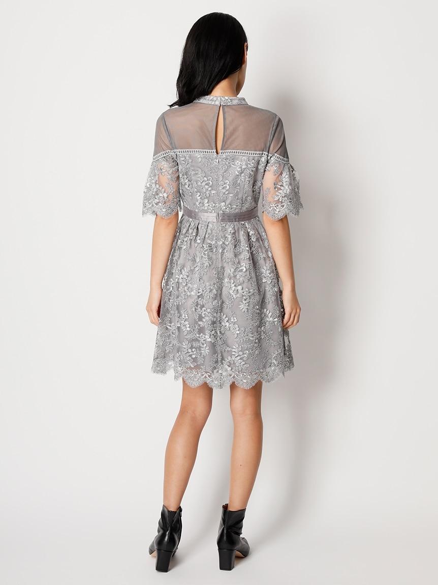 コード刺繍ドレス