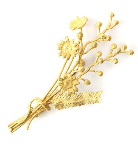 【エムスール/m.soeur】 カモミールとミモザの花束ブローチ*ゴールド [送料無料]