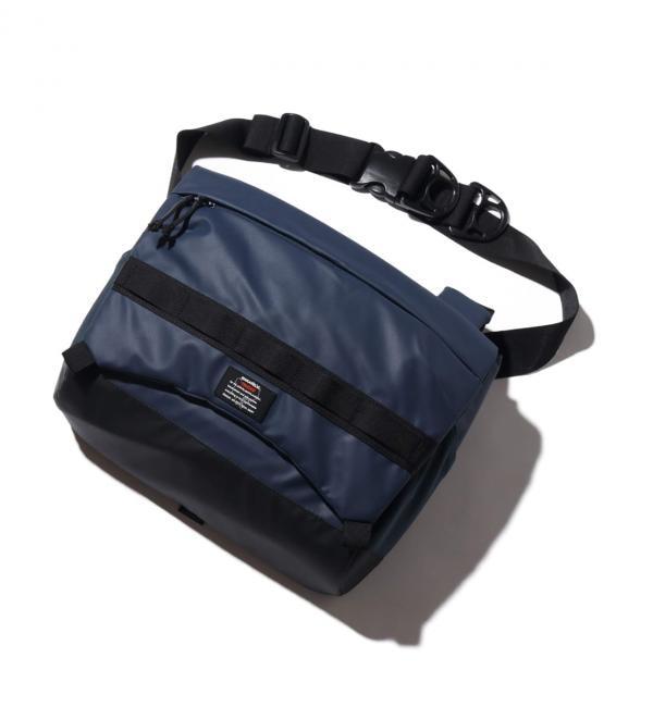 ファッションメンズなら|【アトモス ピンク/atmos pink】 MAKAVELIC RAISE SHOULDER BAG NAVY 19FA-I