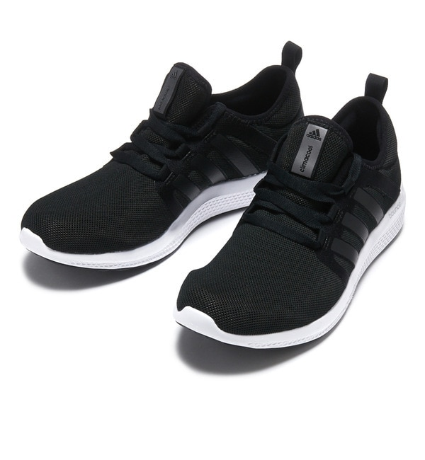 adidas スニーカー 通気性